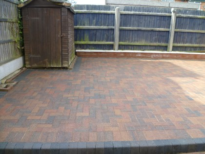 Block paving cleaned and sealed image